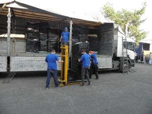 Storage facility laoding service